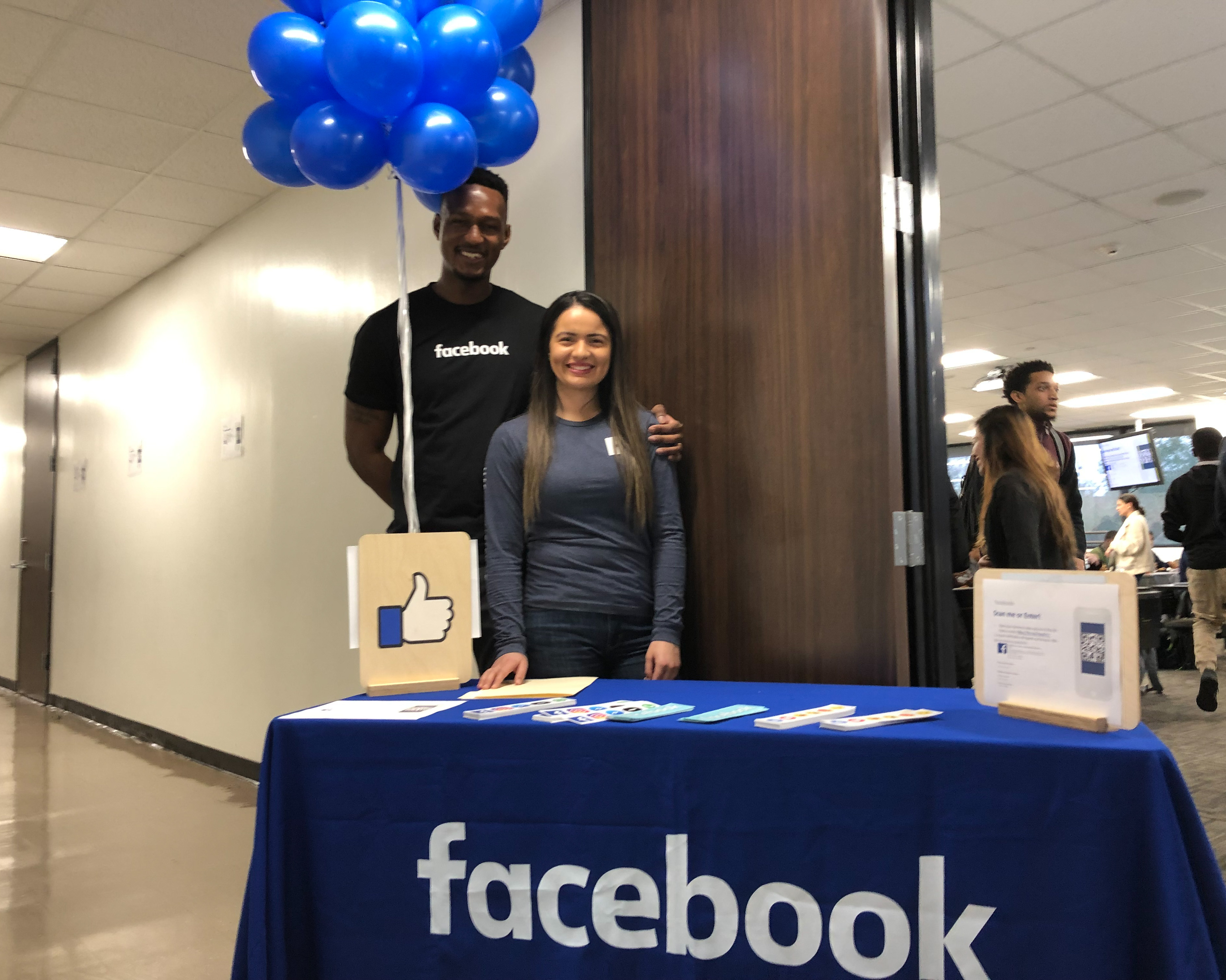 Facebook Team Holds Recruiting Session